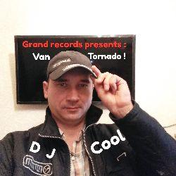Van Tornado