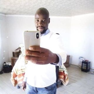 Mphumzi Ngcongolo